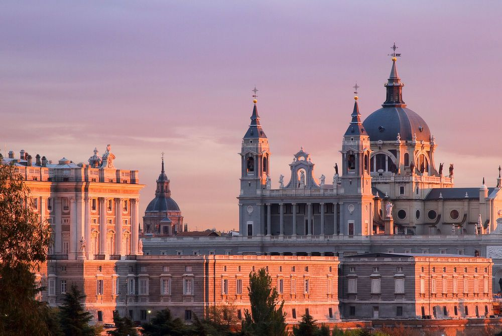 Almudena_Cathedral_Madrid_Spain_1628