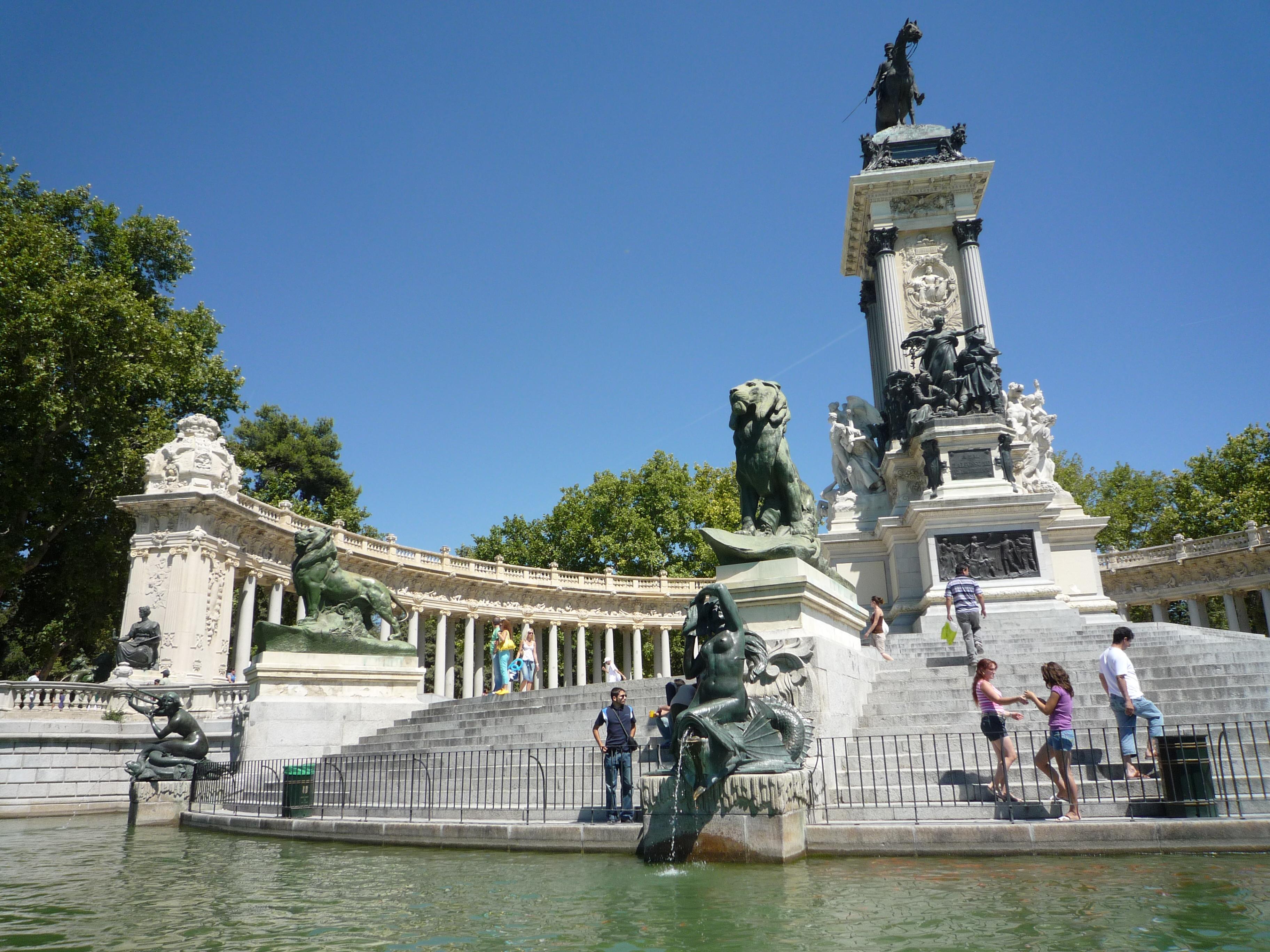 Alfonso_XII,_parque_del_Retiro